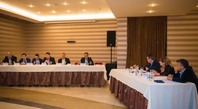 Candidații la Primăria Cluj-Napoca, față în față cu patronatele în cadrul mesei rotunde organizate de Uniunea Națională a Patronatului Român