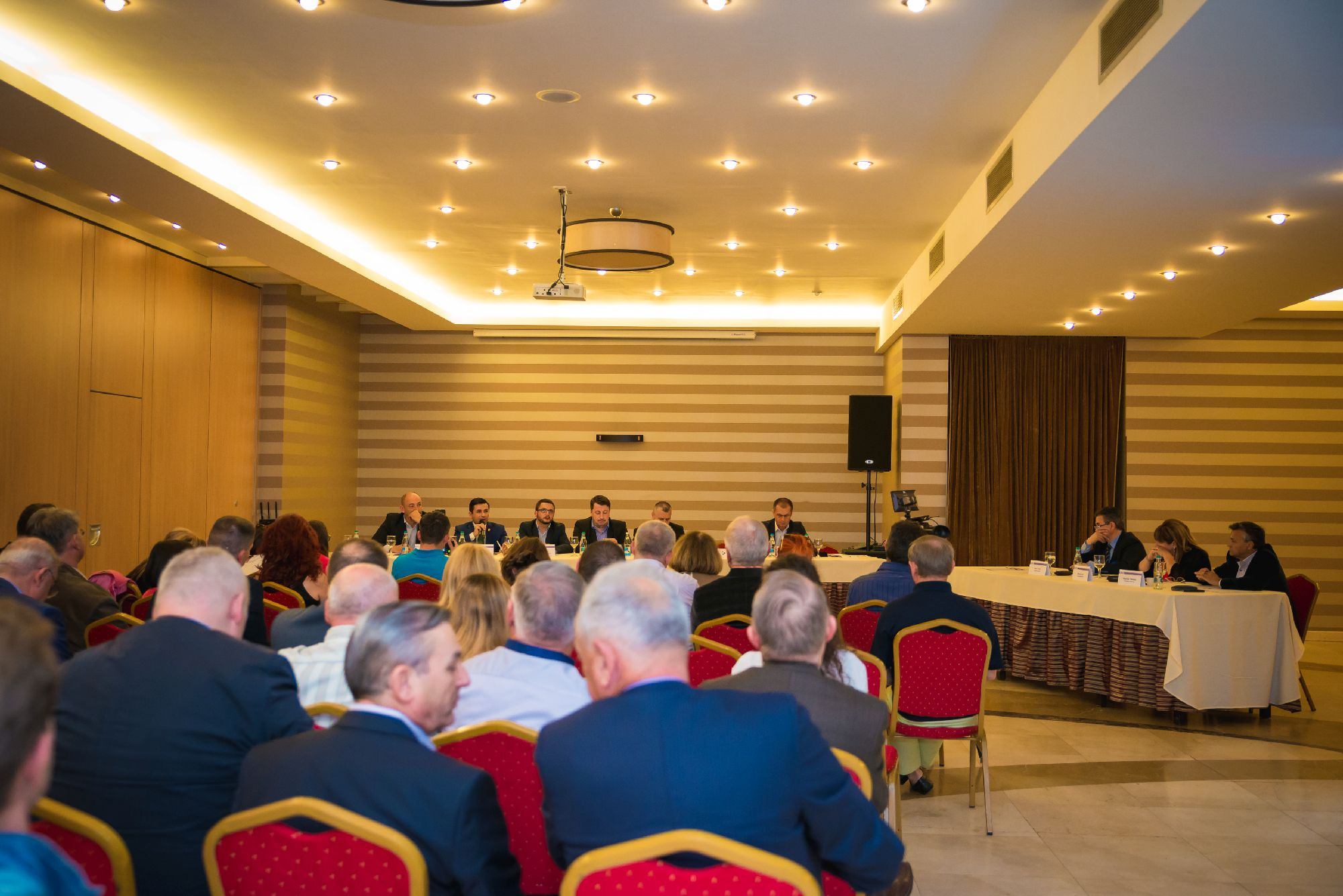 Candidatii la Primaria Cluj-Napoca, fata in fata cu organizatiile patronale (15)