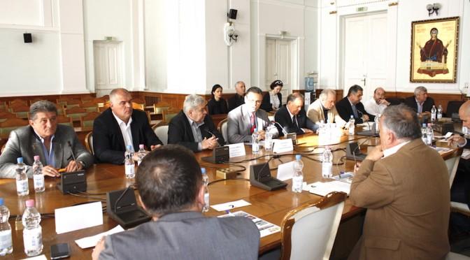 Patronatele bihorene au luat la bani marunti candidatii la primaria Oradea