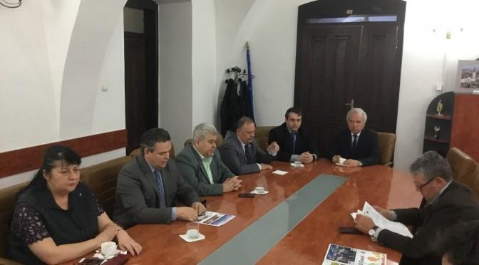 """Prima asociere patronală la nivel județean din România, FOP Bihor, a finalizat cu Consiliul Județean Bihor, principiile de colaborare """"Mediul de Afaceri – Consiliul Județean"""" privind dezvoltarea armonioasă a județului"""