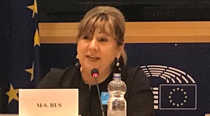 """Doamna Mihaela RUS, presedinte A.F.A. Cluj si vicepresedinte U.N.P.R., speaker in cadrul Conferintei """"Successful Women in Europe"""""""