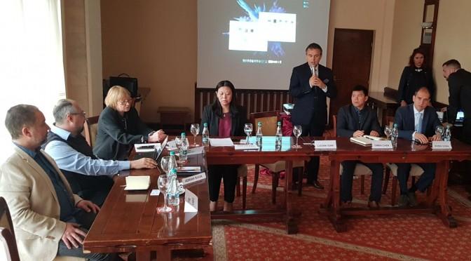 PUNTI DE LEGATURA INTRE MEDIILE DE AFACERI DIN ROMANIA SI CHINA