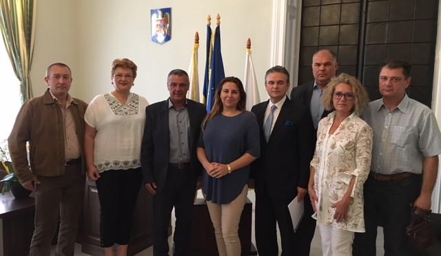 """""""Mediul de afaceri din județul Hunedoara trebuie să se impună ca un partener puternic al principalelor instituții ale județului"""""""