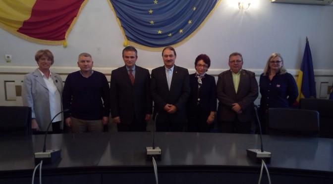 PARLAMENTARII JUDEȚULUI ALBA INTERESAȚI DE PROBLEMELE MEDIULUI DE AFACERI ȘI A  CORPURILOR PROFESIONALE